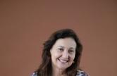 Cláudia Leitão, antropóloga, professora universitária, ex-secretária da Cultura do Ceará (Foto: Iana Soares O POVO)