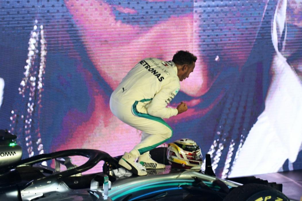 Carro de 2018 (foto) é o que vai ser utilizado nos testes. Regulamento não permite treinar com modelos atuais  (Foto: Manan Vatsyayana/AFP)