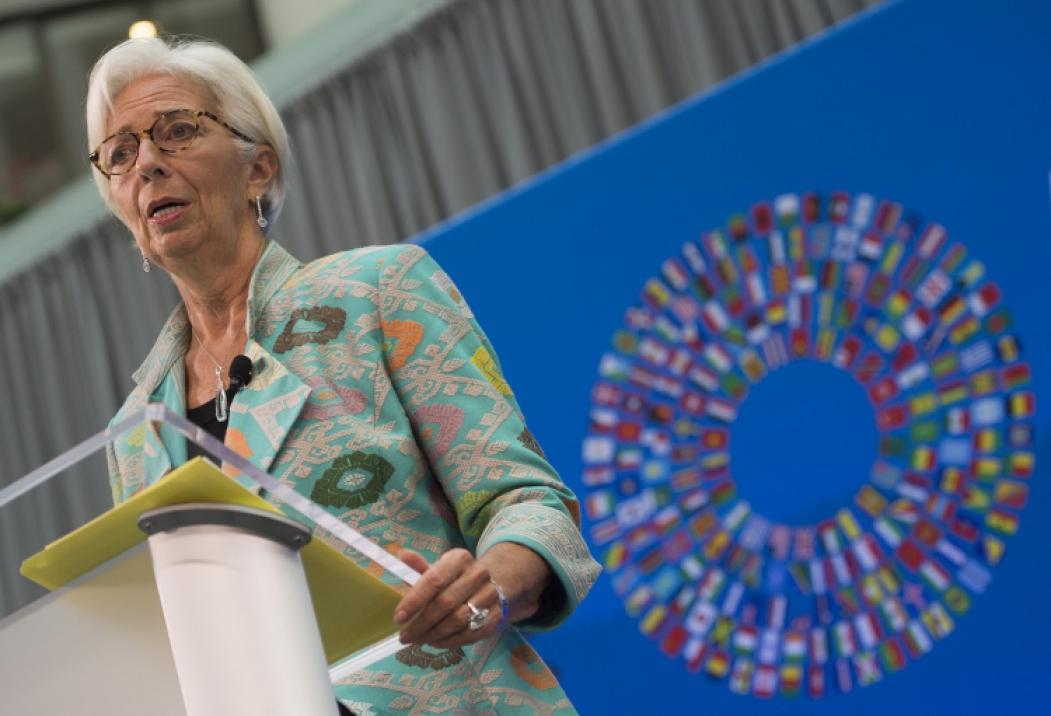 Para combater a atual crise, é preciso usar todos os instrumentos disponíveis nas frentes monetária e fiscal, diz Lagarde (Foto: ANDREW CABALLERO-REYNOLDS / AFP)