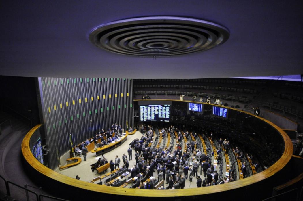 Câmara dos Deputados: partidos majoritários tendem a eleger entre 40 e 60 parlamentares