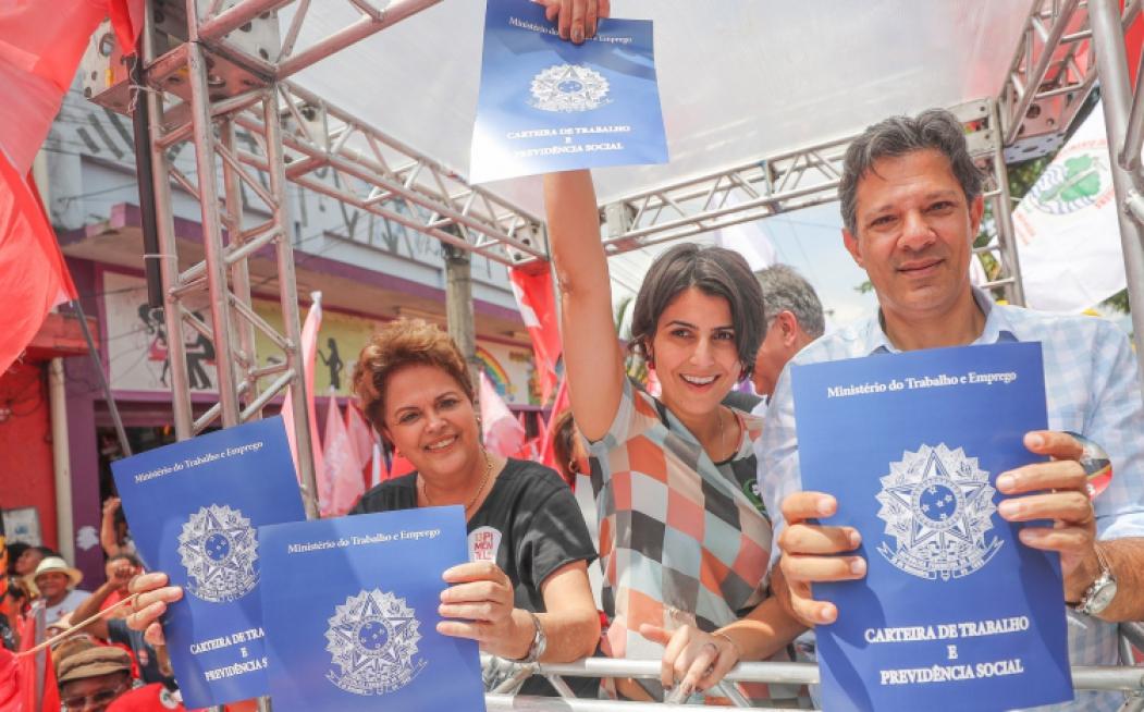 Em Belo Horizonte (MG), Fernando Haddad participou da Caminhada pelo emprego e pela educação, ao lado de Dilma Rousseff e Manuela D'Ávila