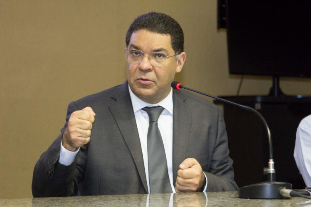 Secretário do Tesouro Nacional, Mansueto Almeida confirma envio de pacote de ajuda a estados no próximo mês.