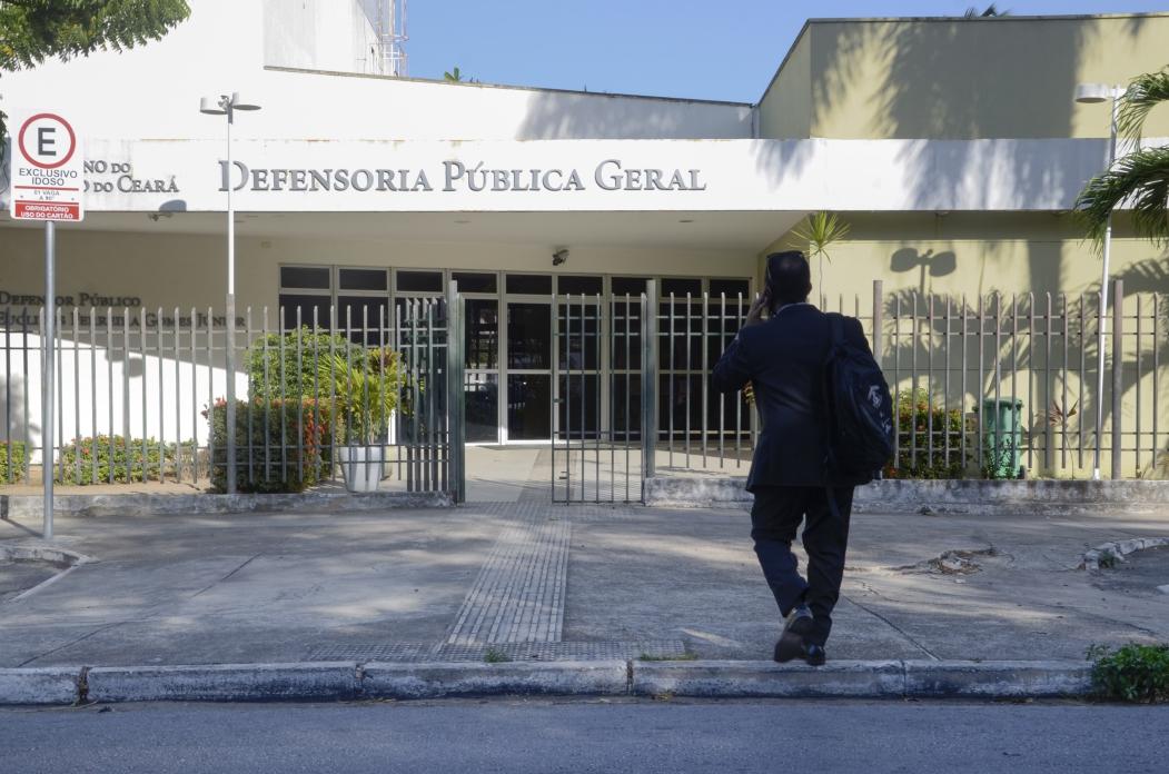 FORTALEZA, CE, BRASIL,  24-10-2018: Fachada do prédio da defensoria pública geral. (Foto: Alex Gomes/O Povo) (Foto: Alex Gomes/ Especial para O POVO)