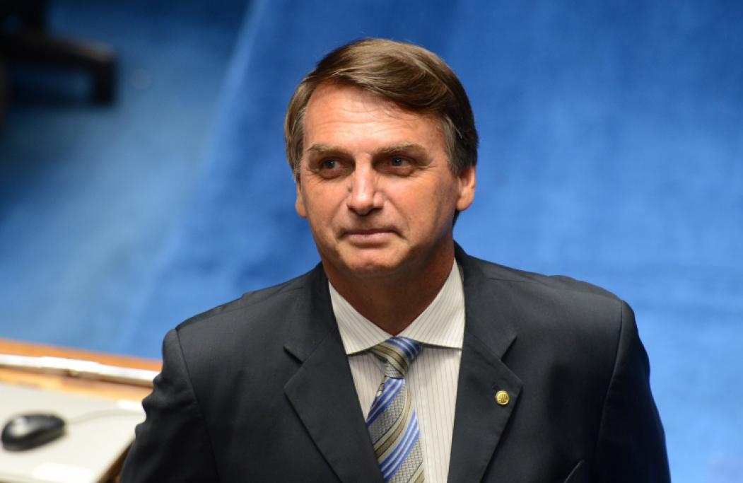 ?BOLSONARO pretende usar parte do texto da reforma do governo Temer