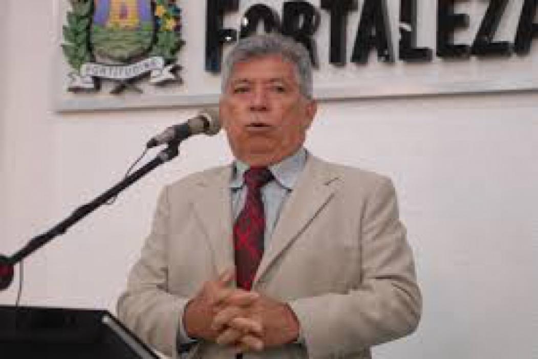 Assembleia debate projetos de André Fernandes e Dra. Silvana para impedir suspensão de aulas