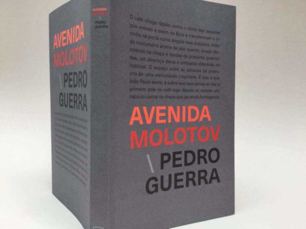 Livro Avenida Molotov