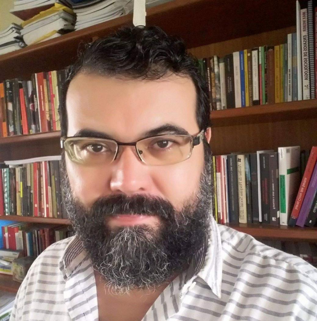 Luiz Fábio Paiva Sociólogo, professor e pesquisador do Laboratório de Estudos da Violência (LEV) da UFC.