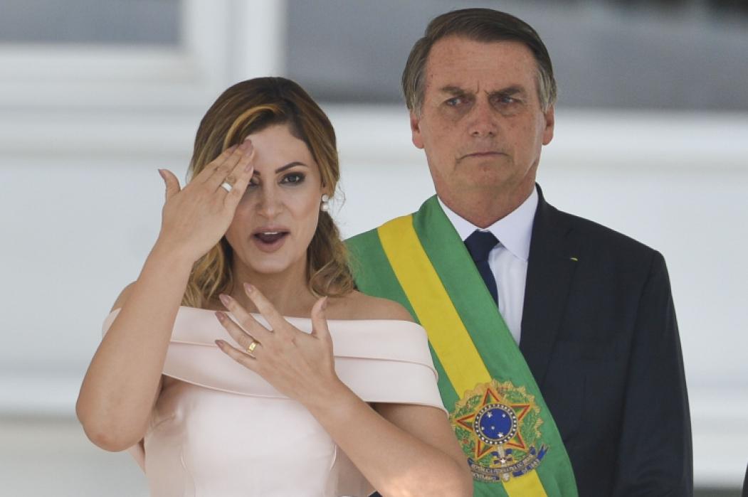 A PRIMEIRA-DAMA Michelle Bolsonaro discursou em libras no Parlatório do Palácio do Planalto
