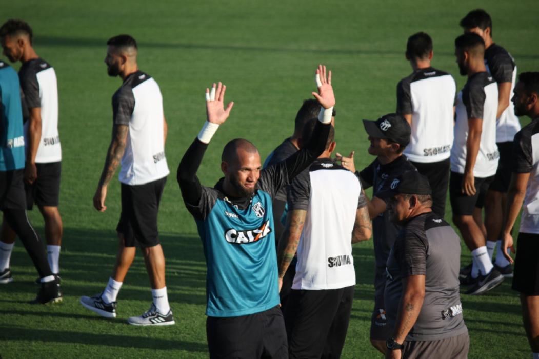 ADEUS? Everson não treinou com os outros jogadores do Ceará nos últimos dois dias
