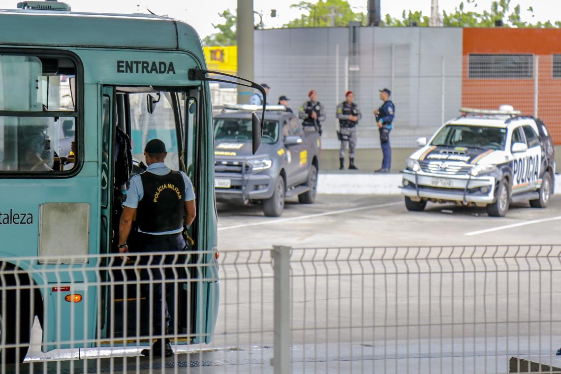 ?REVERSÃO DE RESERVA DE PMs libera mais agentes jovens para serviço nas ruas