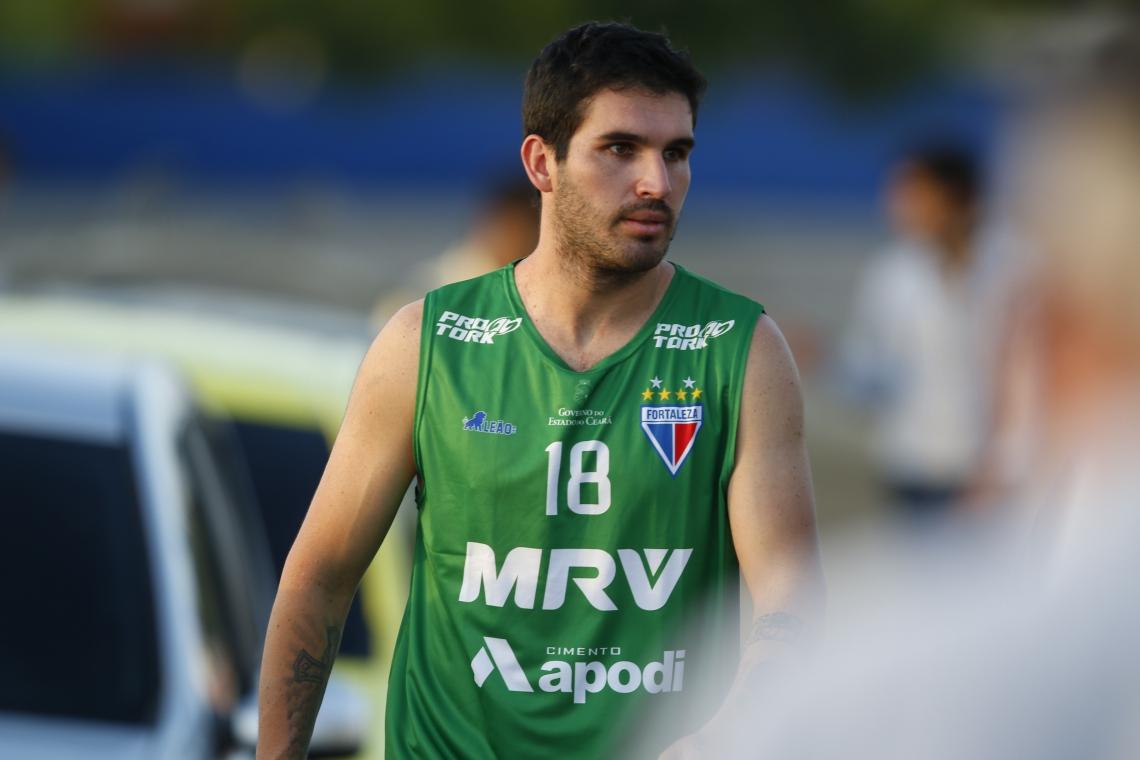 GERMÁN Pacheco teve dificuldade de se adaptar ao esquema de jogo 4-3-3 utilizado pelo Fortaleza no ano passado