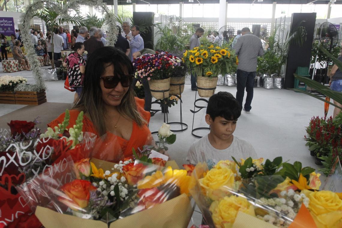 Mercado das Flores no São João do Tauape