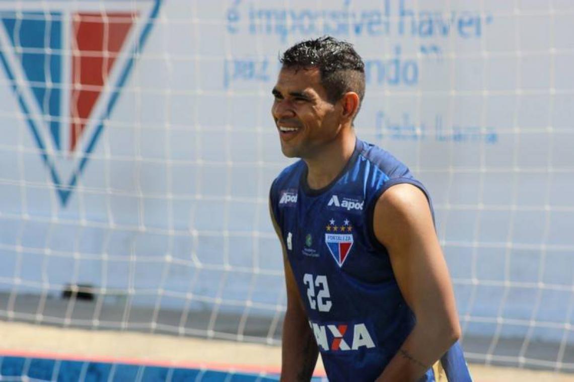 Jogador se lesionou no jogo contra o Guarany de Sobral no começo de abril