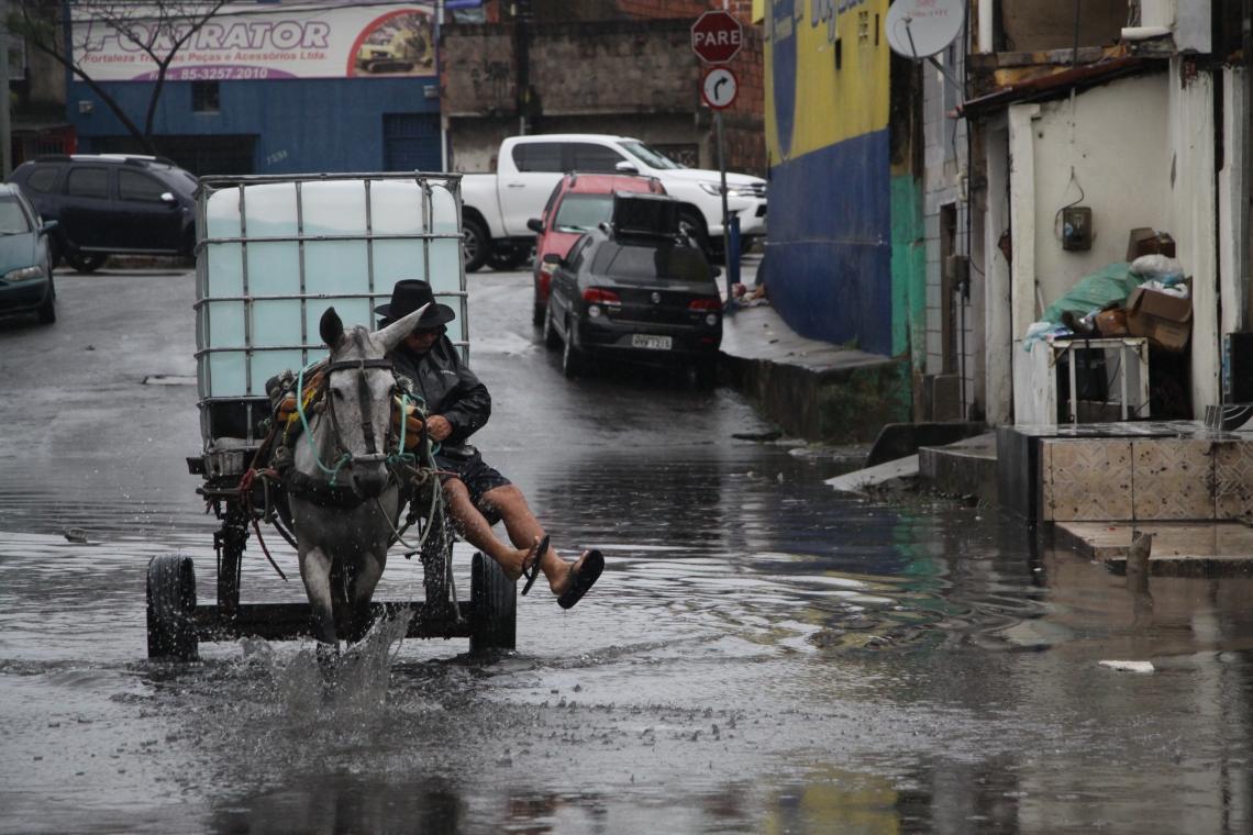 Segundo a Funceme, esse ciclo tem 40% de chance de ter chuvas em torno da média, neste ano. (Foto: Mauri Melo/O POVO).
