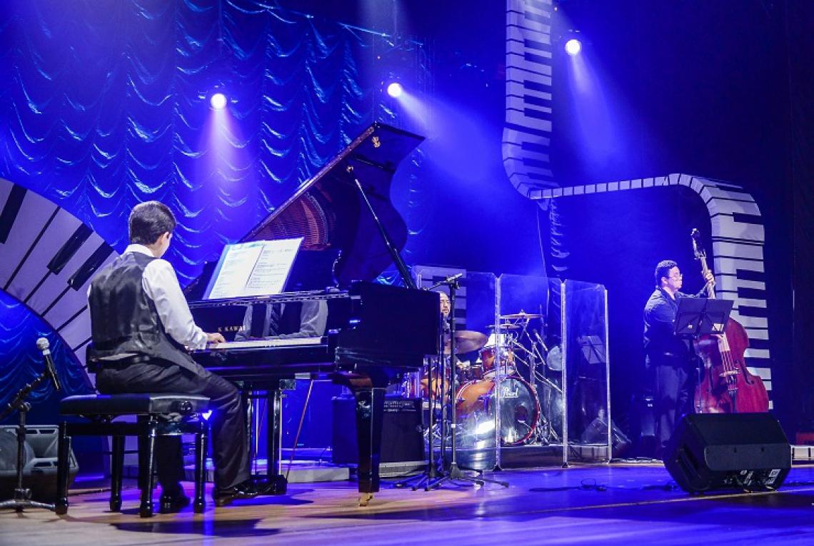 Pesquisar a vida profissional do músico é, segundo Felipe Adjafre, uma maneira de não ser pego de surpresa na hora do evento