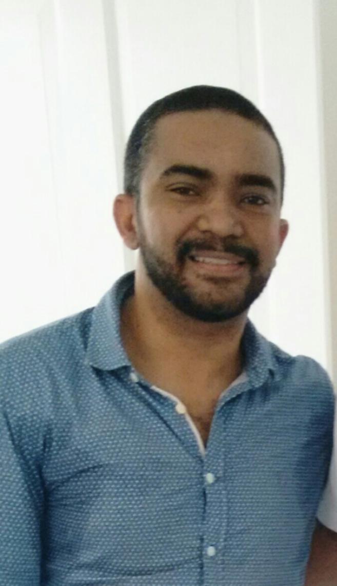 Emanuel Freitas da Silva Professor assistente de Teoria Política, pesquisador do Nerpo e do Lepem