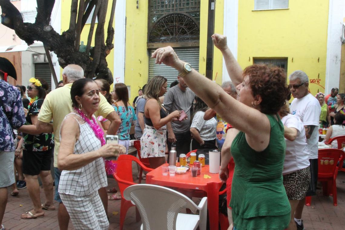 Prefeitura de Fortaleza promove o pré-Carnaval do Largo Raimundo dos Queijos, no Centro (Foto: Mauri Melo/O POVO).