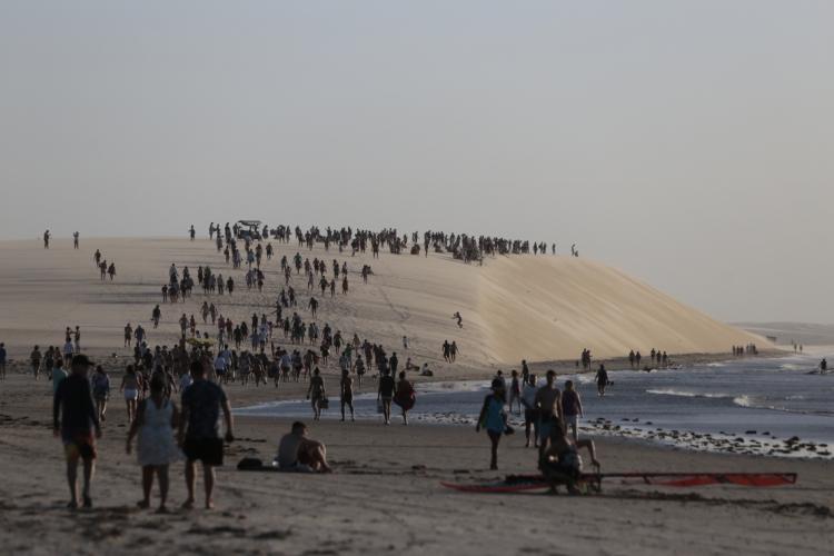 Medidas buscam evitar aglomerações no litoral do Ceará (Foto: AURELIO ALVES)