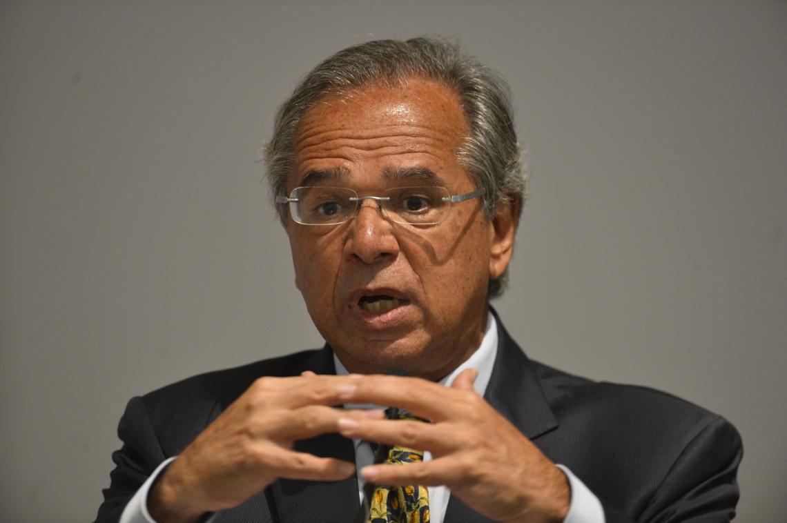 O ministro da Economia, Paulo Guedes, desistiu de participar de reunião na Comissão de Constituição e Justiça nesta terça-feira, 26.
