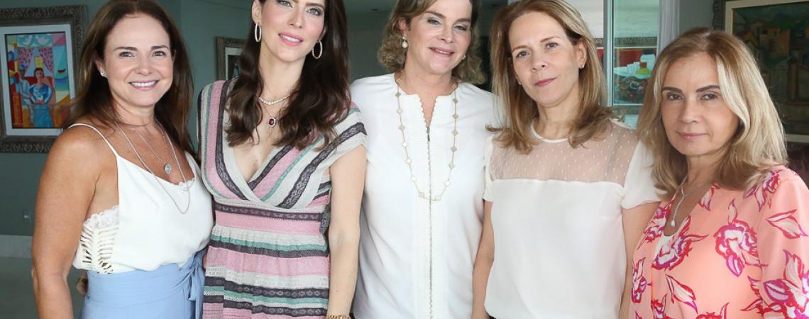 foto 3 Beatrice Ary, Marcella Porto, Jaqueline Mota, Flavia Melo e Annie Benevides_