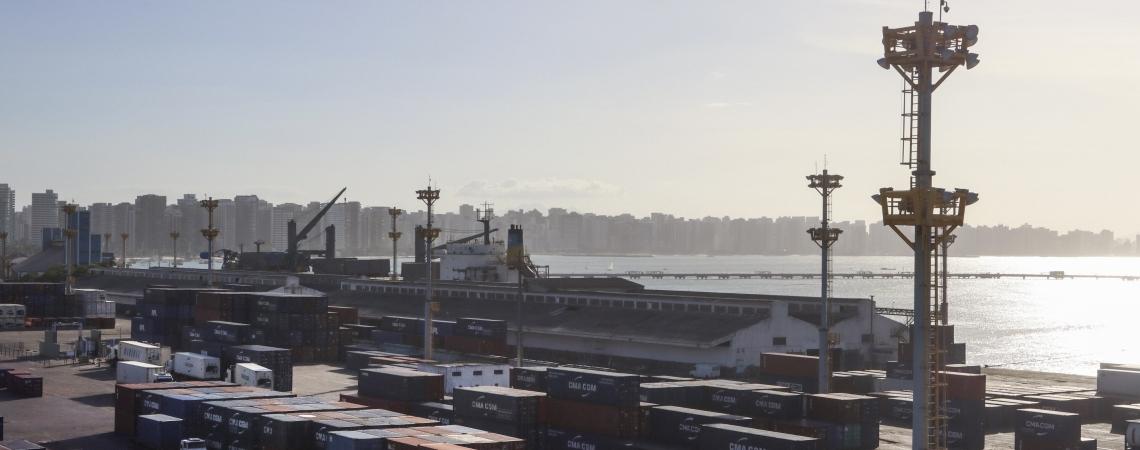 OPERAÇÃO nos portos do Mucuripe (foto) e no Pecém seguirá nos próximos dias
