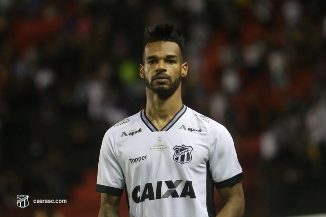Valdo vem jogando regularmente no time titular do Ceará no Brasileirão 2019.