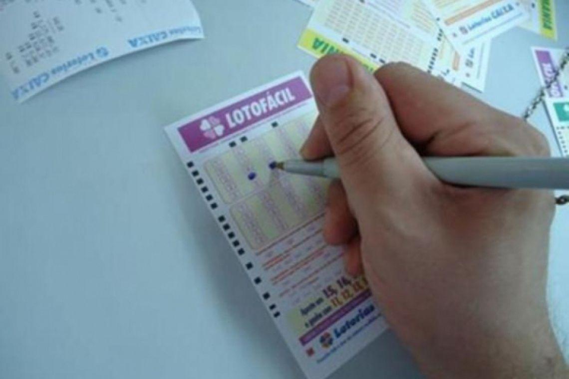 O resultado do Concurso 1774 da Lotofácil ocorre na noite desta sexta-feira, 8 de fevereiro (08/02) (Foto: Agência Brasil)