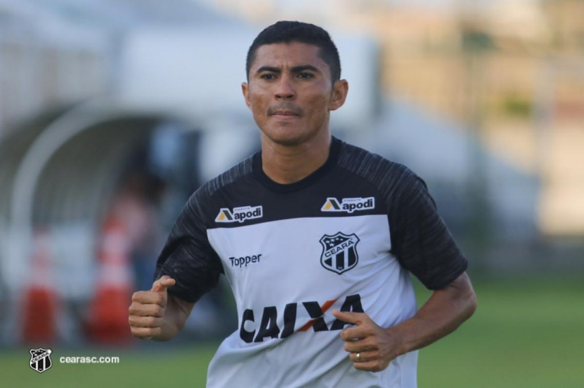 Sem jogar desde o fim do ano passado, Juninho Quixadá entrou em fase de transição para voltar a treinar com bola