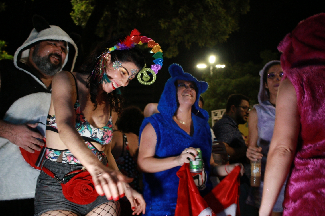 Abertura do pré-carnaval de Fortaleza na Praça do Ferreira. (fotos: Tatiana Fortes/ O POVO)