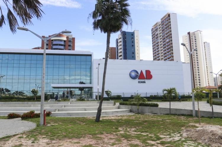Fachada do prédio da sede da Ordem dos Advogados do Brasil do Ceará - OAB-CE