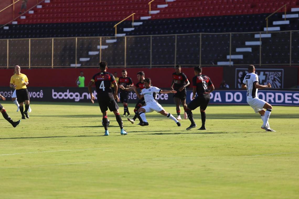 Jogo está sendo realizado em Salvador