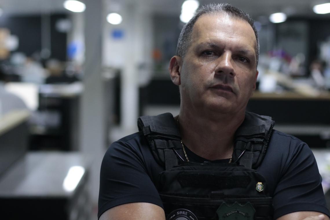 O secretário Mauro Albuquerque concedeu entrevista à rádio O POVO CBN na manhã desta terça-feira, 19 (Foto: Gustavo Simao/Especial para O POVO)