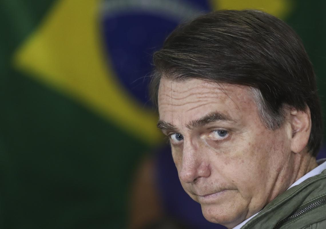 O presidente Jair Bolsonaro foi ao Congresso Nacional entregar o texto da proposta, mas saiu sem falar com a imprensa (Foto: RICARDO MORAES / POOL / AFP)