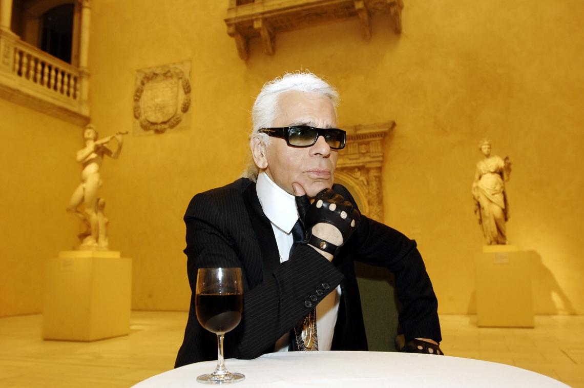 Karl Lagerfeld em foto de maio de 2005 (Foto: Stan Honda/AFP)
