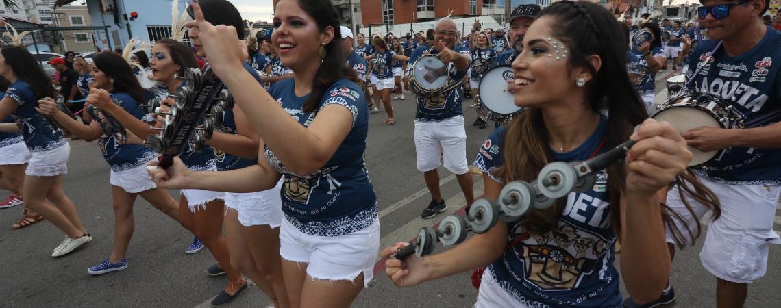 Fortaleza, CE, Brasil, 02-02-2019: Bloco Baqueta anima o público no pré carnaval de Fortaleza. (Foto: Mateus Dantas / O Povo)
