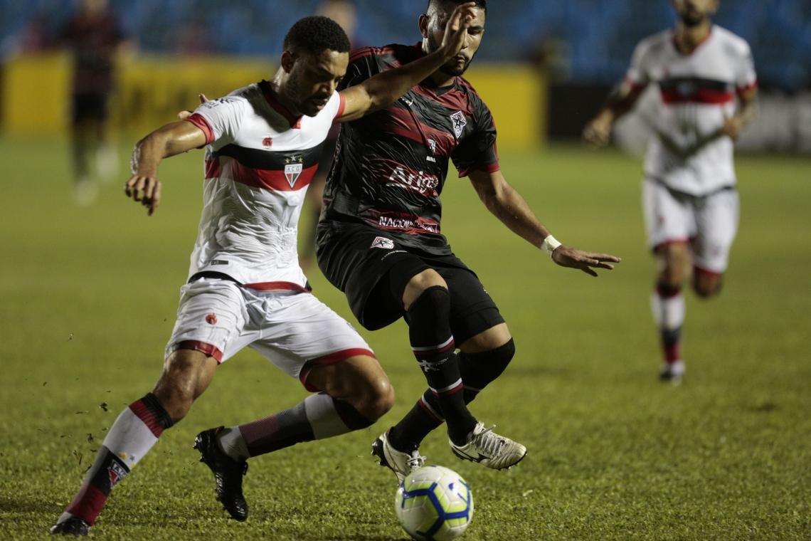 No PV, Atlético Goianiense eliminou o Atlético Cearense