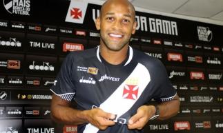 Contratado no início do ano, Fellipe Bastos ainda não estreou pelo clube (Foto: Carlos Gregório Jr./Vasco)