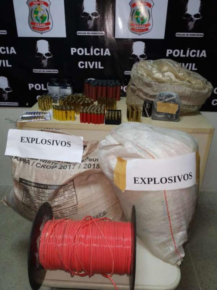 Explosivos (FOTO: Reprodução/SSPDS)