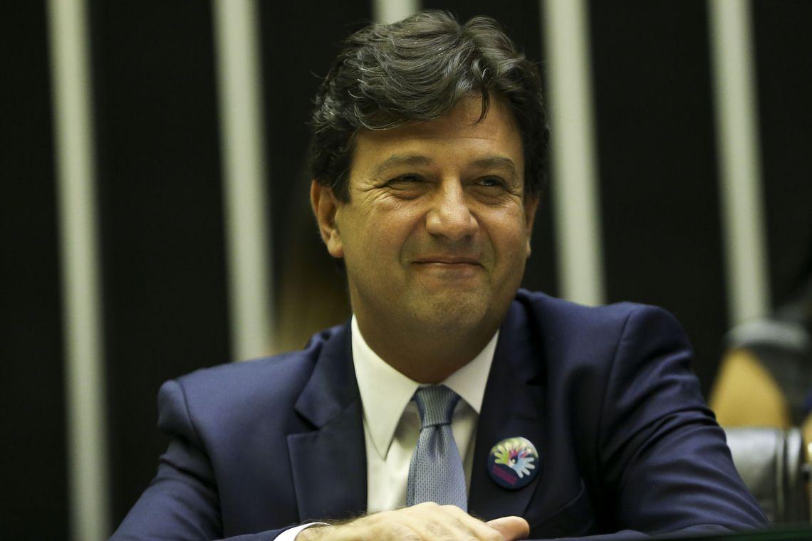 O ministro da Saúde, Luiz Henrique Mandetta, participa da sessão solene no Congresso Nacional nesta manhã, para lembrar o Dia Mundial das Doenças Raras