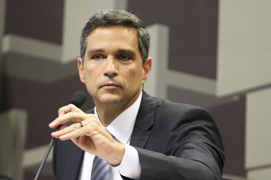 O economista Roberto de Oliveira Campos Neto, indicado pela Presidência da República para o cargo de presidente do Banco Central, durante sabatina na Comissão de Assuntos Econômicos (CAE) do Senado. (Marcelo Camargo/Agência  Brasil)