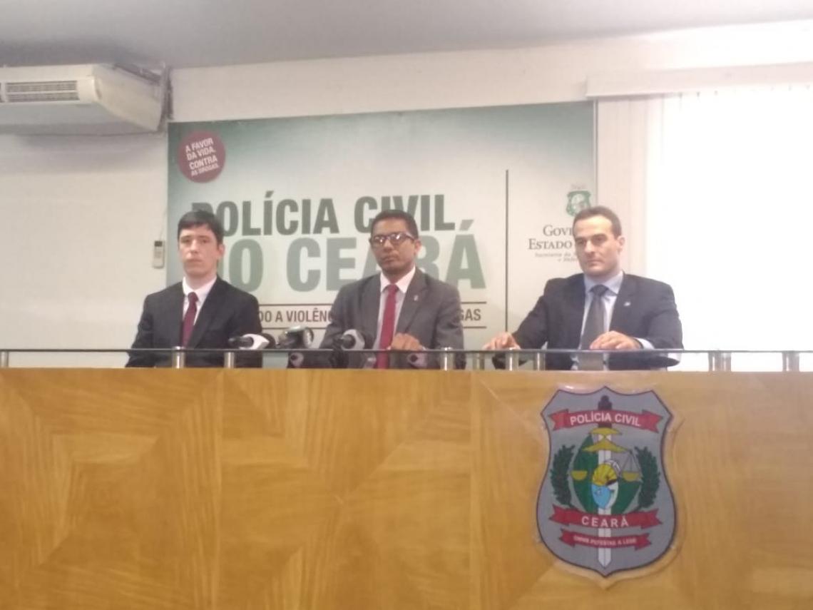 Os detalhes da operação foram repassados durante coletiva na Delegacia Geral da Polícia Civil. (Foto: Israel Gomes/Especial para O POVO)