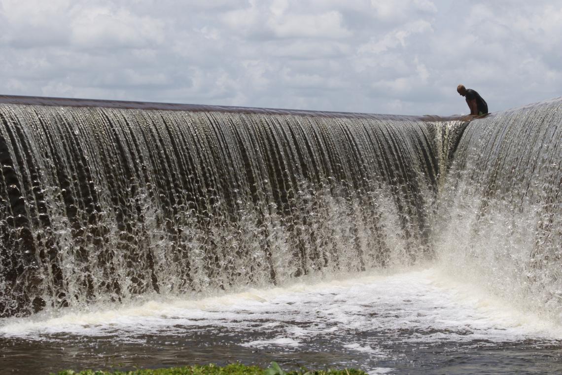 Açude Batente, em Ocara, está com 100% da capacidade.  (Foto: Fábio Lima/O POVO)