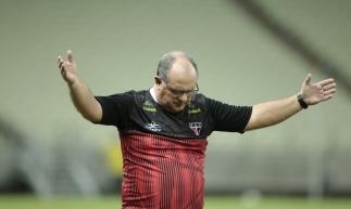 Marcelo Vilar tem retornos e desfalques para confronto de hoje