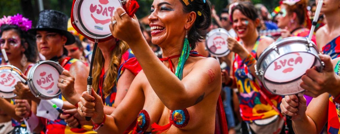 Bloco do Pagu, na Praça da Republica, Centro de São Paulo, com participação de Ana Canas, em 2019. Expectativa de ter Carnaval em 2022 (Foto: GABRIELA BILO / Agência Estado)