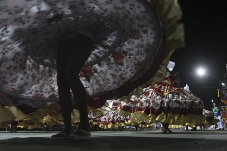Desfile dos afoxés na Domingos Olímpio
