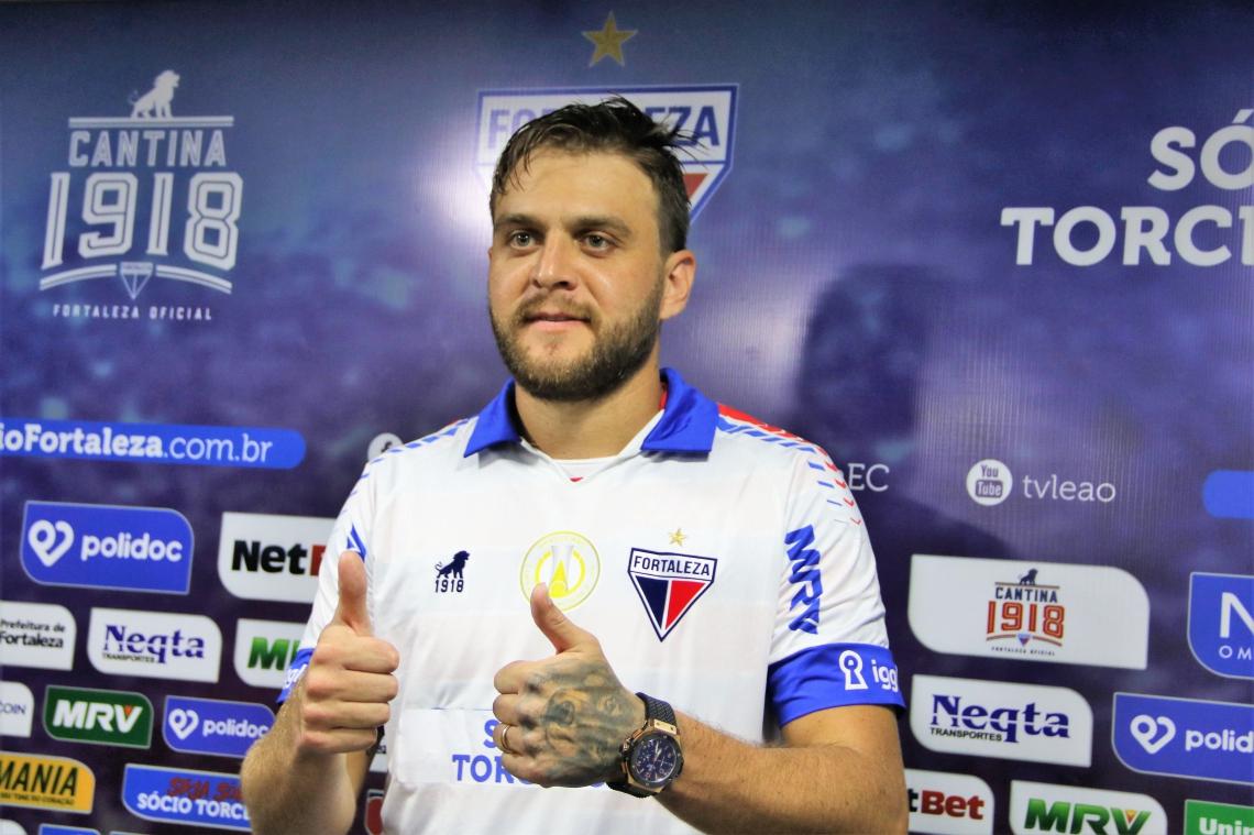 Nathan Ribeiro, zagueiro, é o novo reforço do Fortaleza. O jogador foi apresentado oficialmente no CT do Fortaleza - 05.03.2019
