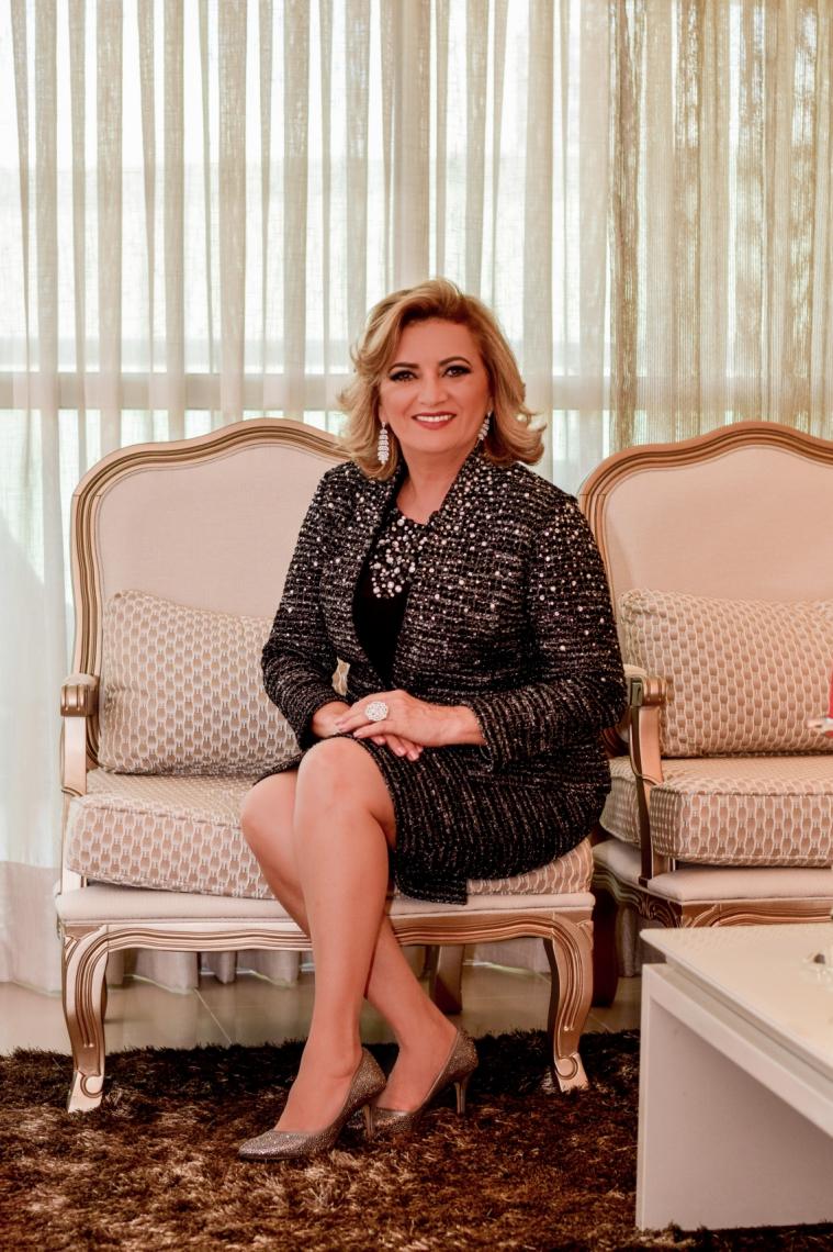 Elizabeth Sena, Diretora Nacional Executiva Elite de Vendas Independente da Mary Kay