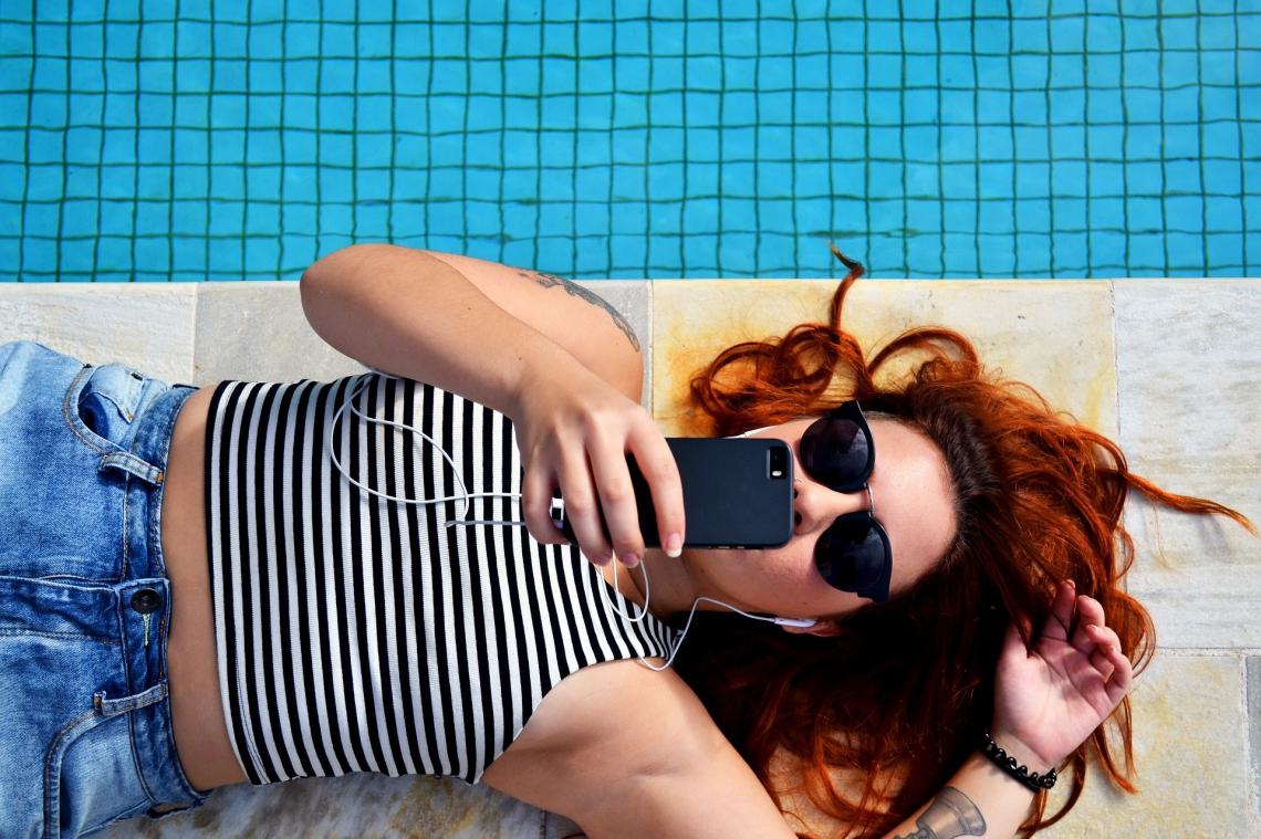 Influencers acreditam que as marcas ainda limitam o comportamento das postagens, aponta o levantamento Business Insider Research, divulgado em 2018 (Pexels/Pixabay)
