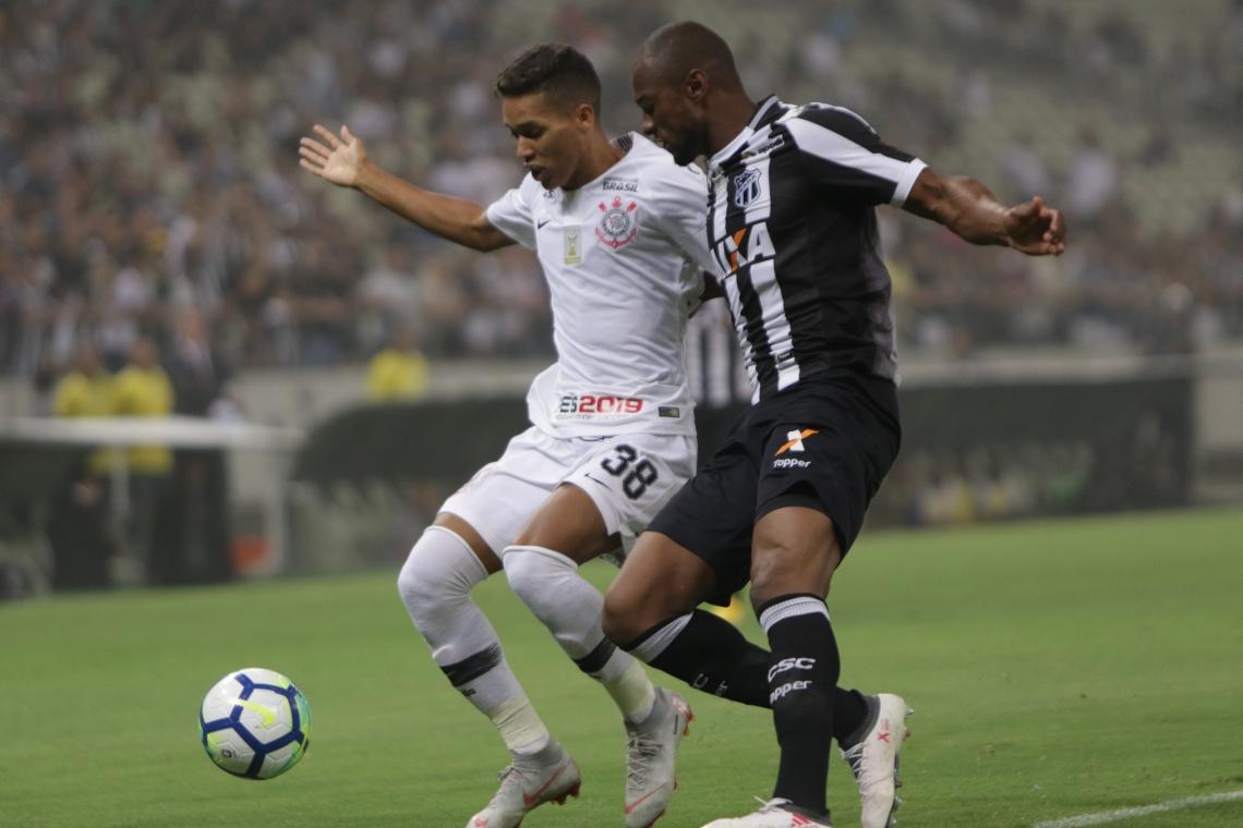 No último duelo como mandante, o Vovô venceu o Corinthians por 2 a 1. (Foto: Mateus Dantas/O POVO)