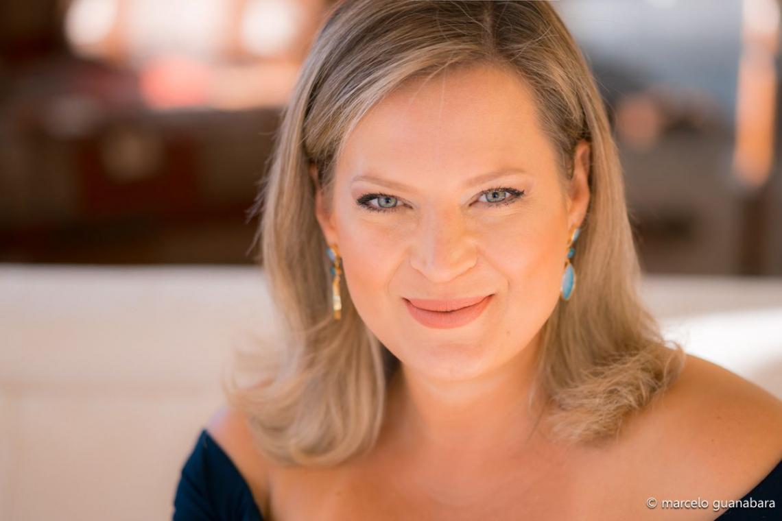Joice Hasselmann   Deputada federal (PSL-SP) e líder do Governo no Congresso Nacional